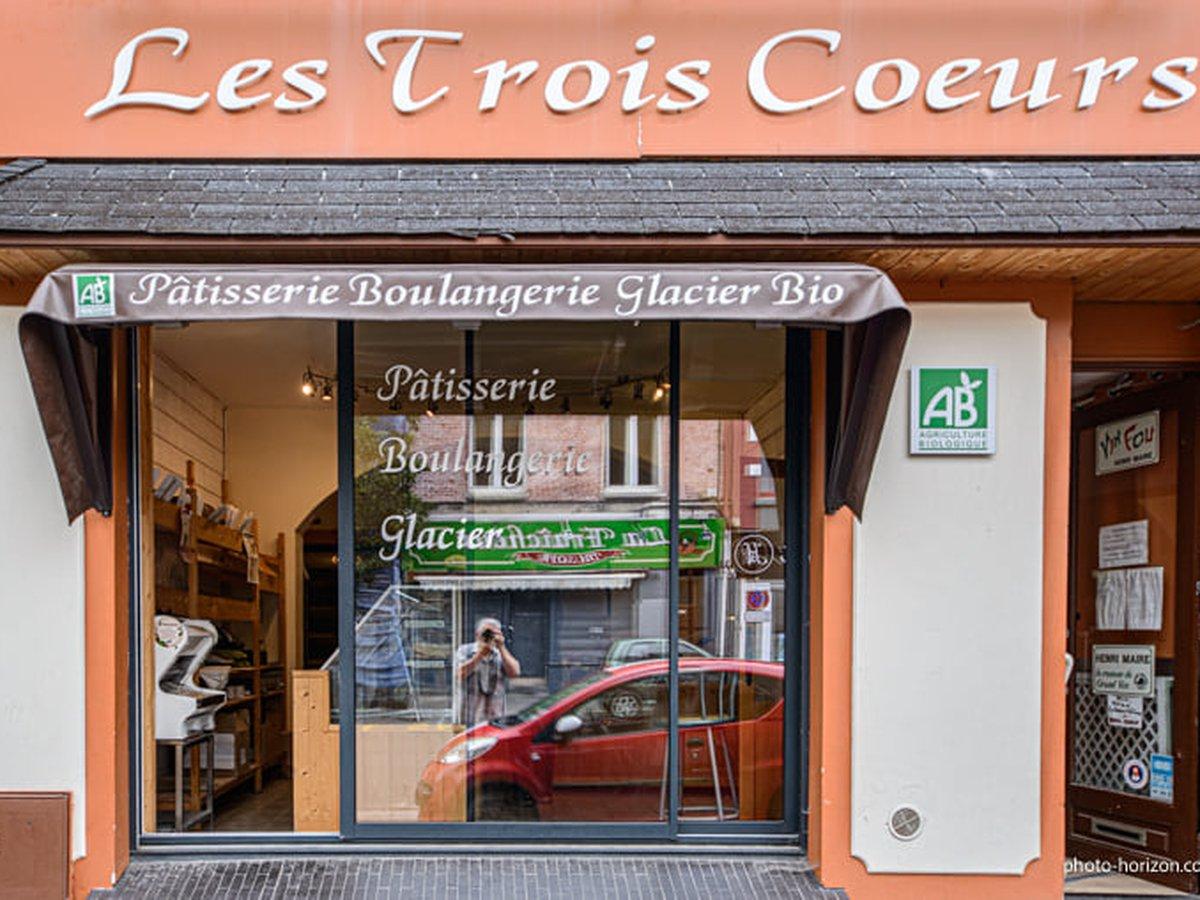 Devanture boulangerie bio à Béthune Les Trois Coeurs